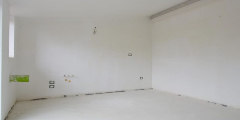 Realizza Casa - Pescara palazzo Lithos Trilocale mansardato 003