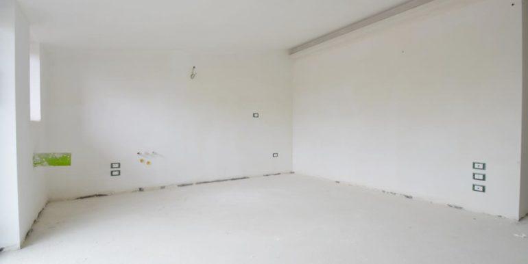 Realizza Casa - Pescara palazzo Lithos Trilocale mansardato 004