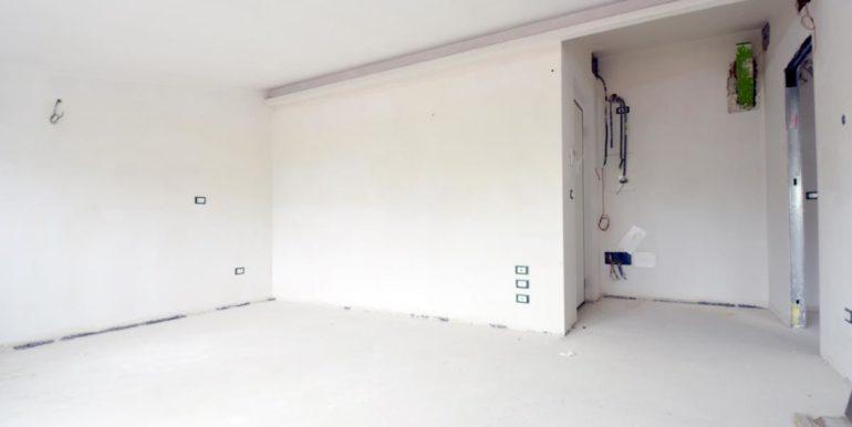 Realizza Casa - Pescara palazzo Lithos Trilocale mansardato 005