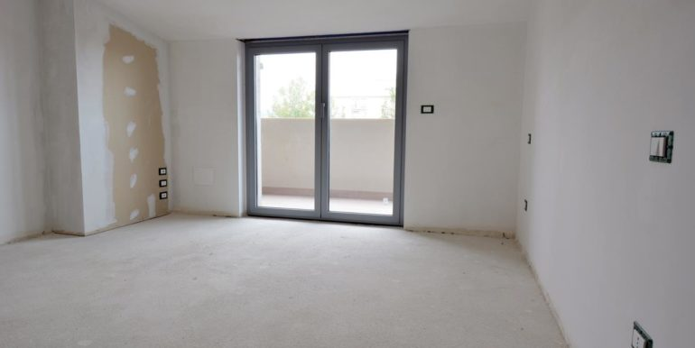 Realizza Casa - Pescara palazzo Lithos Trilocale mansardato 008