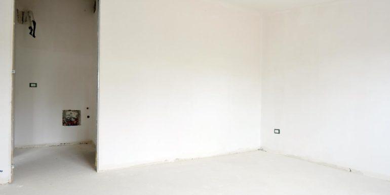 Realizza Casa - Pescara palazzo Lithos Trilocale mansardato 010