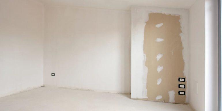 Realizza Casa - Pescara palazzo Lithos Trilocale mansardato 011