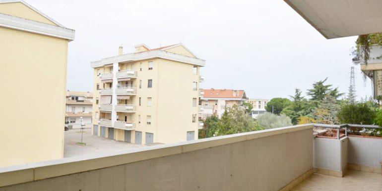 Realizza Casa Montesilvano Zona Bingo Appartamento ampia metratura 12