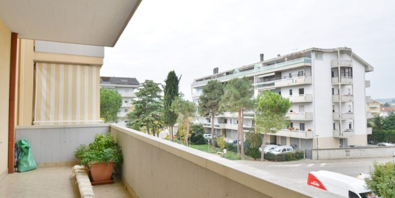Realizza Casa Montesilvano Zona Bingo Appartamento ampia metratura 13