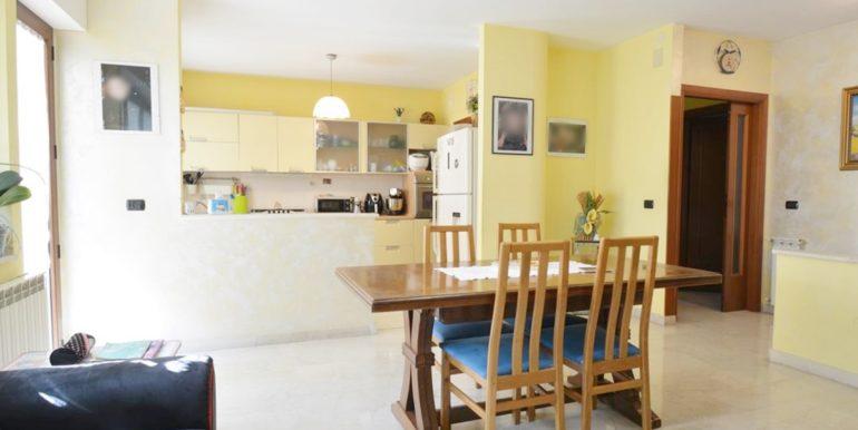 Realizza Casa Montesilvano Zona Santa Filomena tre camere 04