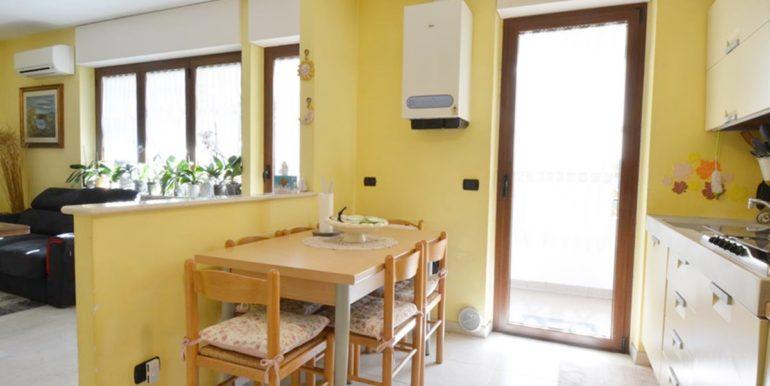 Realizza Casa Montesilvano Zona Santa Filomena tre camere 09