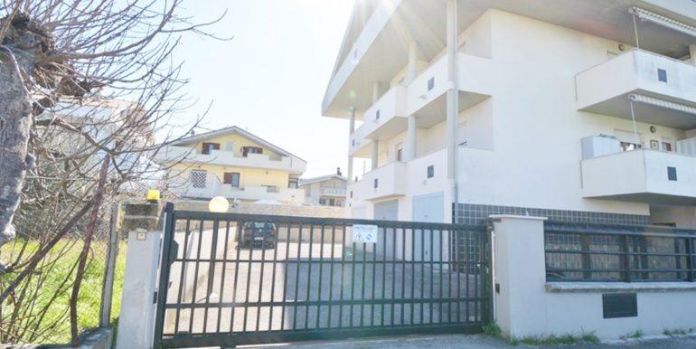 Realizza Casa Garage Montesilvano Zona Vestina 12