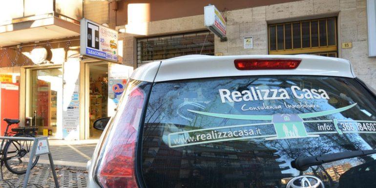 Realizza Casa - Pescara Portanuova Tabaccheria 004