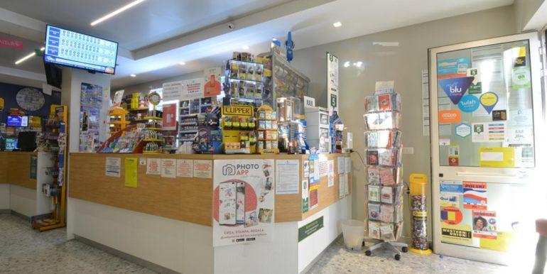 Realizza Casa - Pescara Portanuova Tabaccheria 008