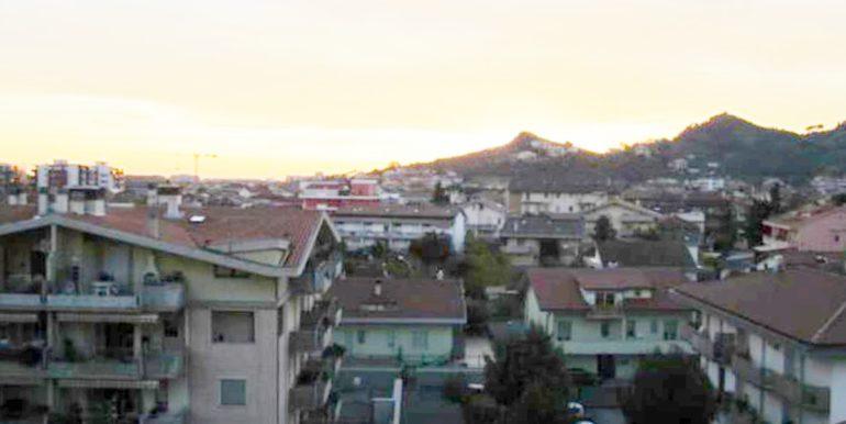 Realizza Casa Residence Turenum Montesilvano Attico Trilocale Arredato a Reddito 13