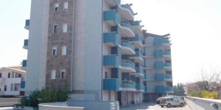Realizza Casa Residence Turenum Montesilvano Attico Trilocale Arredato a Reddito 23